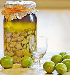 Орехово-анисовая настойка